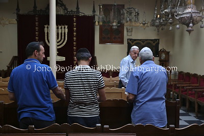 ES 212  Evening service, Isaac Benarroch Synagogue  Melilla (Spain)