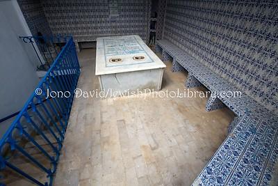 TN 16  Tomb of Grand (or Chief) Rabbi Messoud Raphael El Fassi, tomb (d  1775)  Tunis, Tunisia